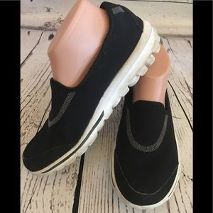 Skechers Go Walk Black Flats